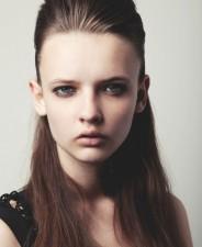 Anna G -front