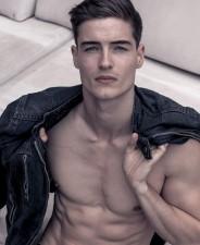 Konstantin Q - front